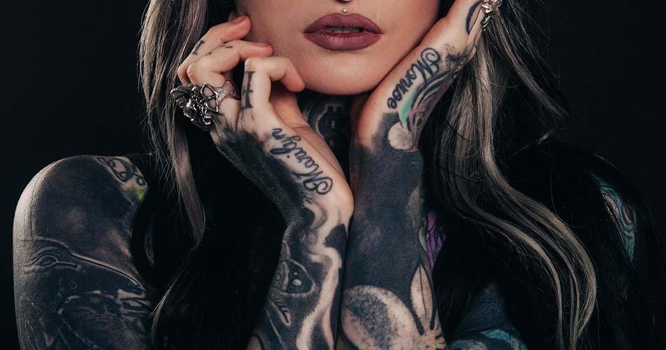 ¿Aún son mal vistos los tatuajes?