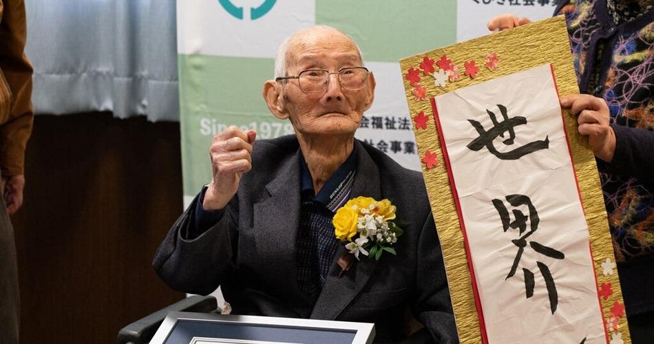 Un japonés de 112 años declarado el hombre más viejo del mundo