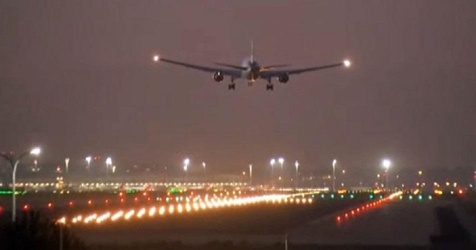 Los pasajeros del vuelo de Air Canada dan las gracias a la tripulación