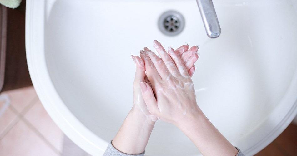 Coronavirus: el Covid-19 prospera en los baños, pero no sobrevive al desinfectante