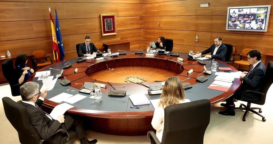 El Gobierno amplía el confinamiento y paraliza toda actividad no esencial en España
