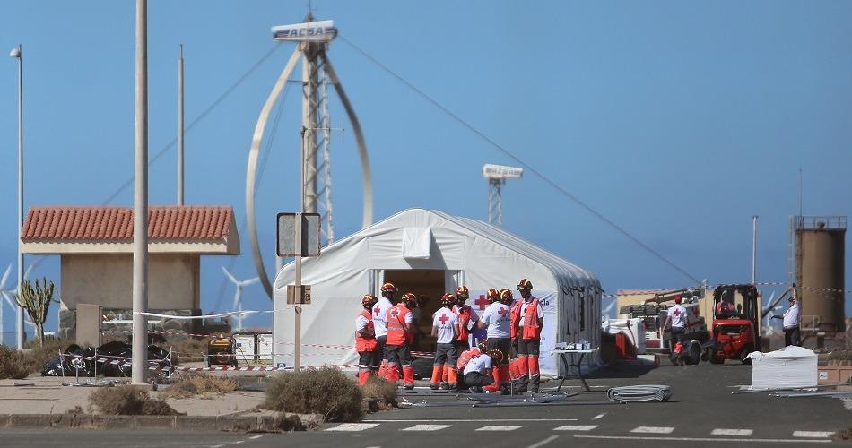 Las Islas Canarias luchan por hacer frente al aumento de la llegada de inmigrantes