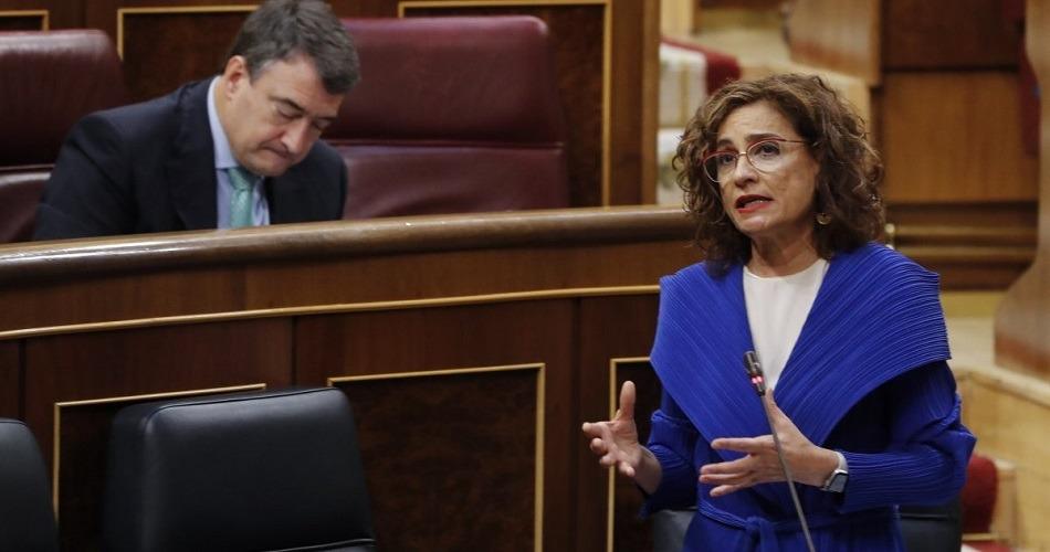 El Gobierno da por perdida la votación del polémico decreto sobre el superávit de los ayuntamientos