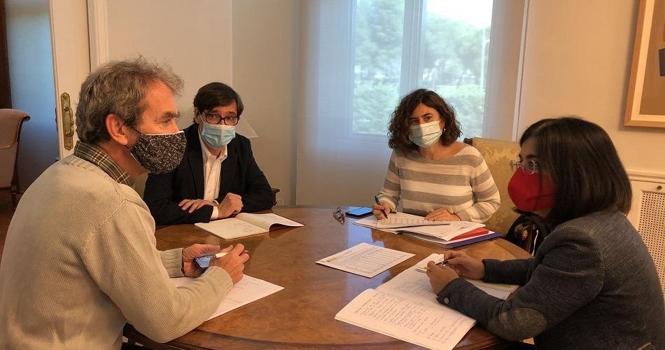 Sanidad notifica 25.595 contagios y 239 fallecidos en las 24 últimas horas
