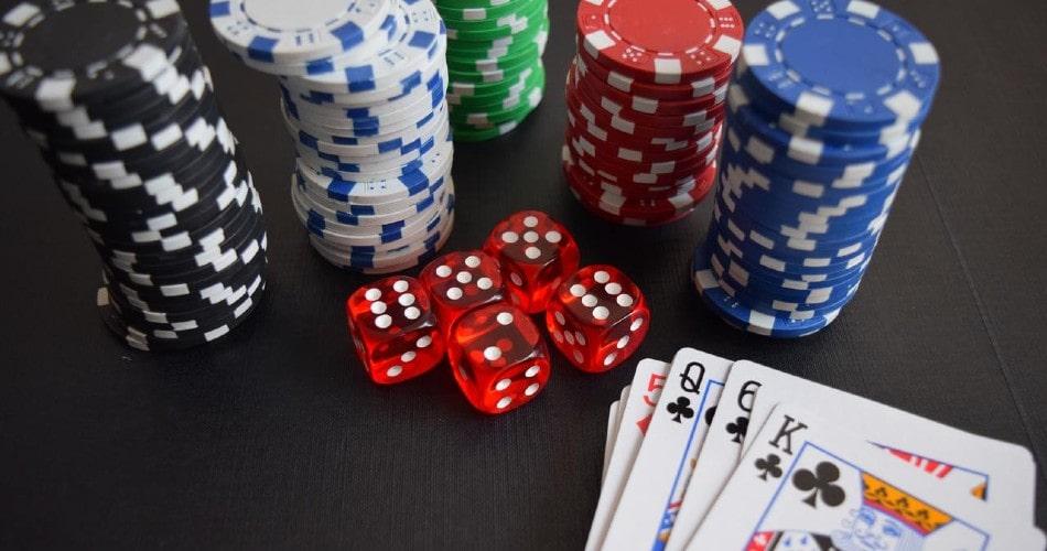 ¿Qué establece el Real Decreto que limita la publicidad de los casinos?