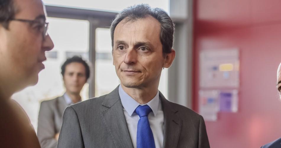 Duque afirma que se destinarán 34 M€ para prorrogar los contratos de investigadores afectados por la pandemia