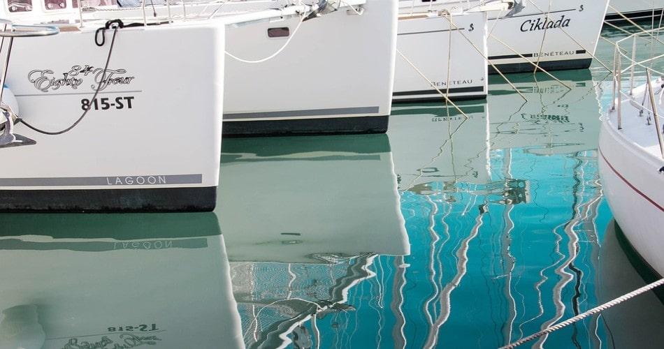 Por qué alquilar una lancha, un yate o un barco en Ibiza