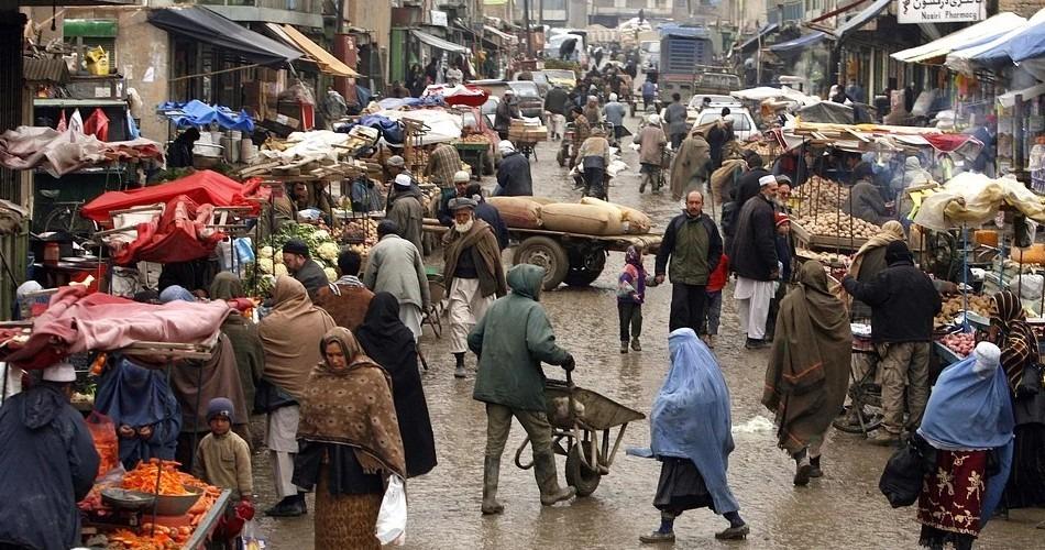 Llegan a Afganistán suministros médicos enviados por la Organización Mundial de la Salud