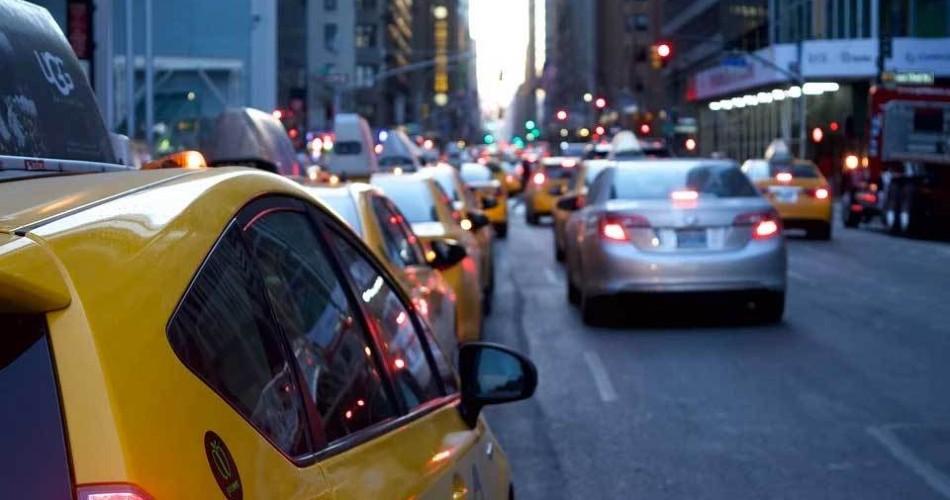 Aparca sin perder tiempo y a la primera: parkings en la ciudad